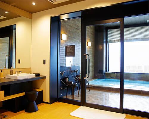 """Private baths """"HOSHI"""" and """"TSUKI"""""""